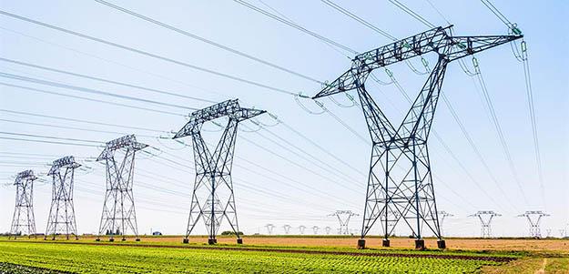 קרינה אלקטרומגנטית של עמודי חשמל